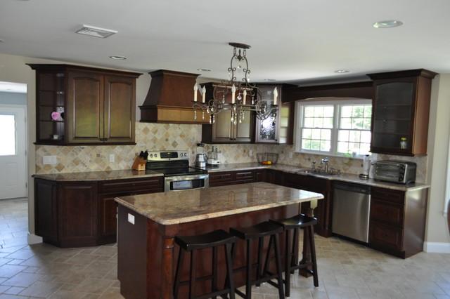 Davis Kraftmaid Kitchen Traditional Kitchen New York