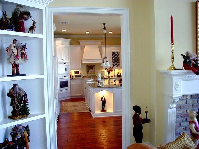 Davis Traditional White Kitchen traditional-kitchen