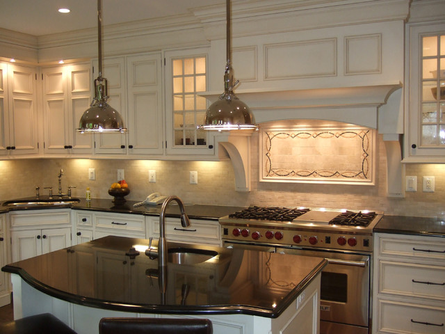 DC Classic traditional-kitchen