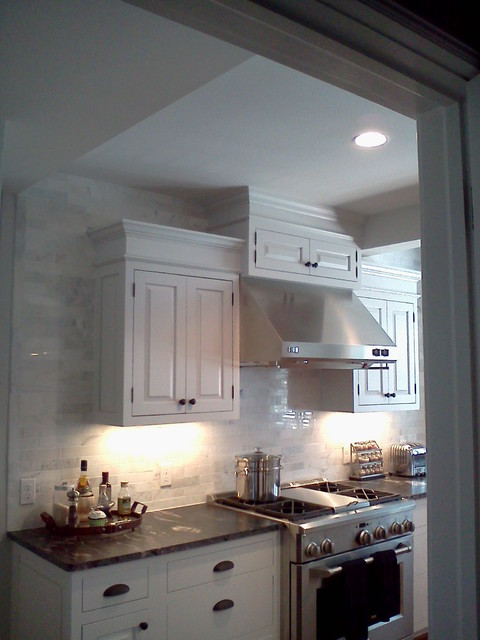 DC House traditional-kitchen