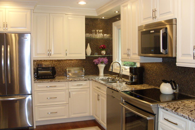 DDS Design Services, LLC by Jeff Kida traditional-kitchen