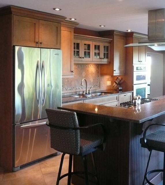 Dean Park Residence traditional-kitchen