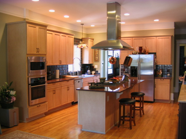 Dean Residence traditional-kitchen