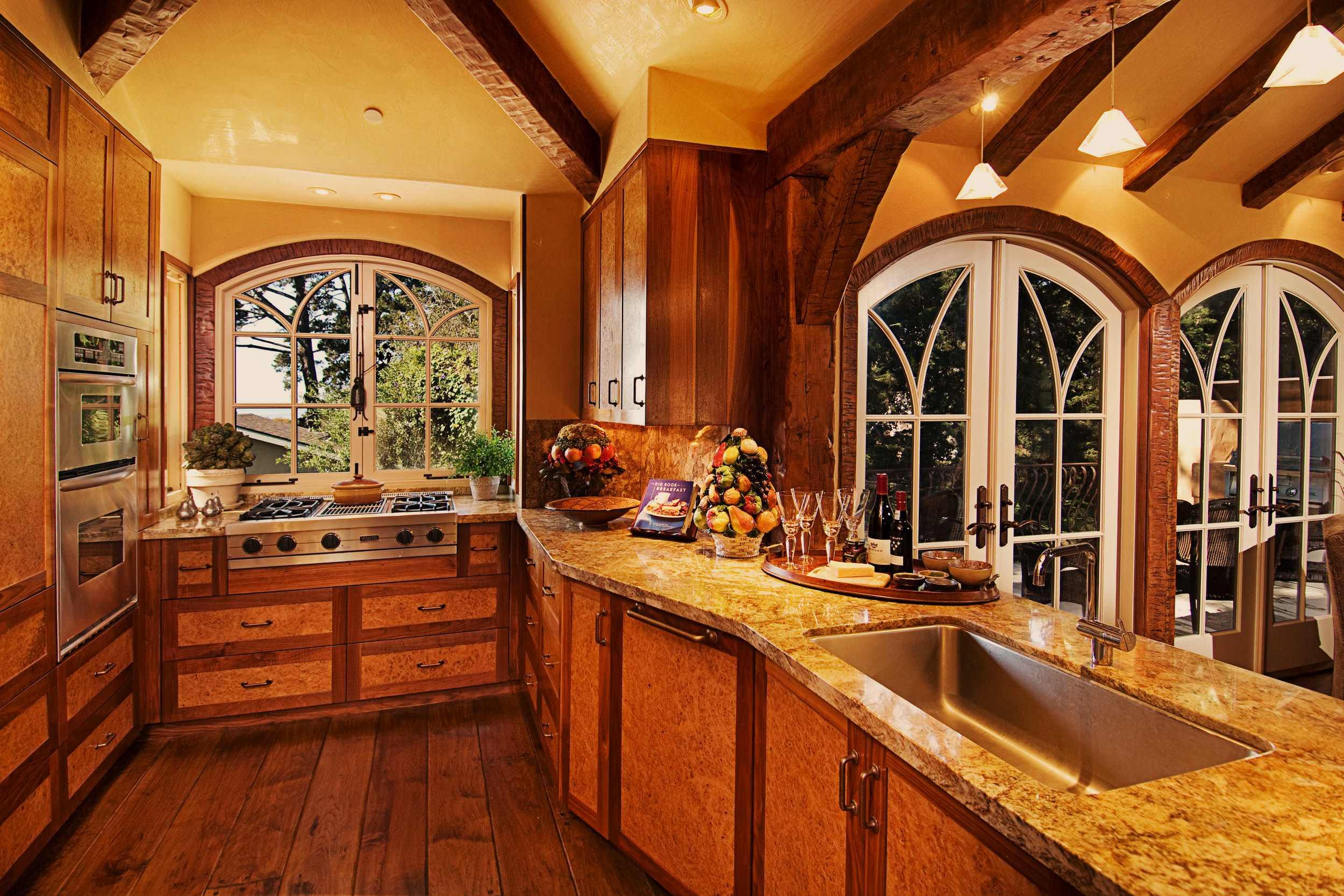 hobbit kitchen   houzz