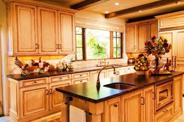 Debra Campbell Design mediterranean-kitchen