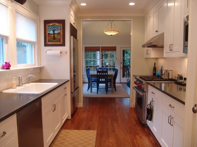 Lovely Houzz Galley Kitchen Designs #1: Traditional-kitchen.jpg
