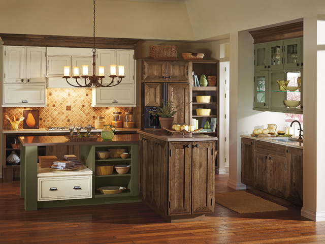 Decora Airedale Kitchen Cabinets - Traditional - Kitchen ...
