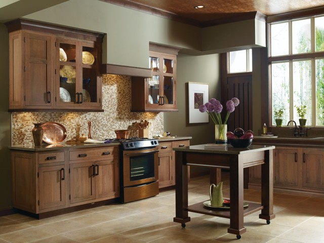 Decora Rivington Kitchen Cabinets - Traditional - Kitchen ...