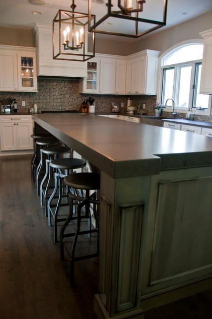 Decorative Posts And Quartz Countertops Traditional Kitchen