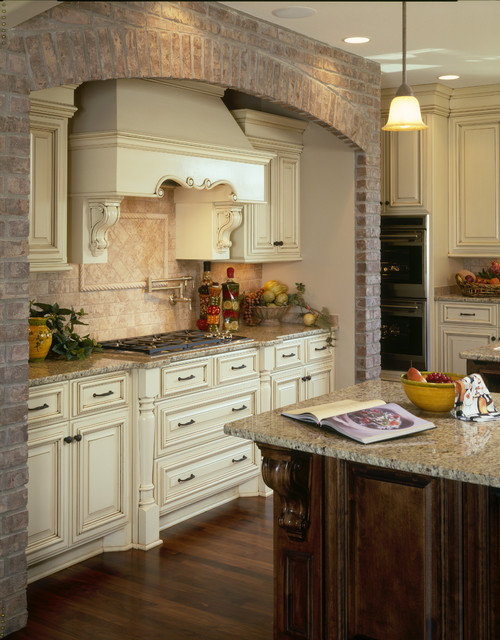 Deerbrook Drive Residence, Kitchen traditional-kitchen