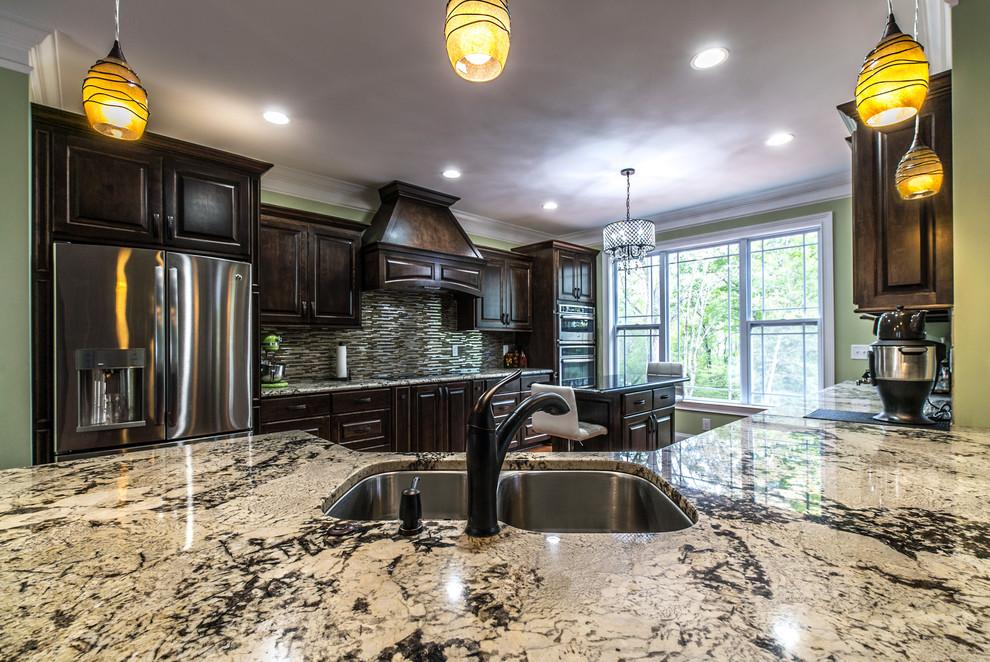 Delicatus White Granite Kitchen Countertops - Traditional ...