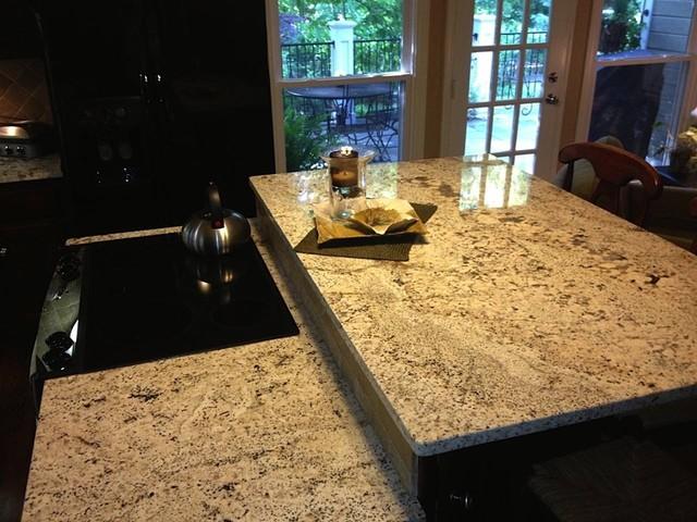 Delicatus White Granite Traditional Kitchen