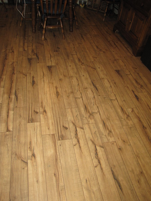 antique hickory laminate flooring lowes gurus floor. Black Bedroom Furniture Sets. Home Design Ideas