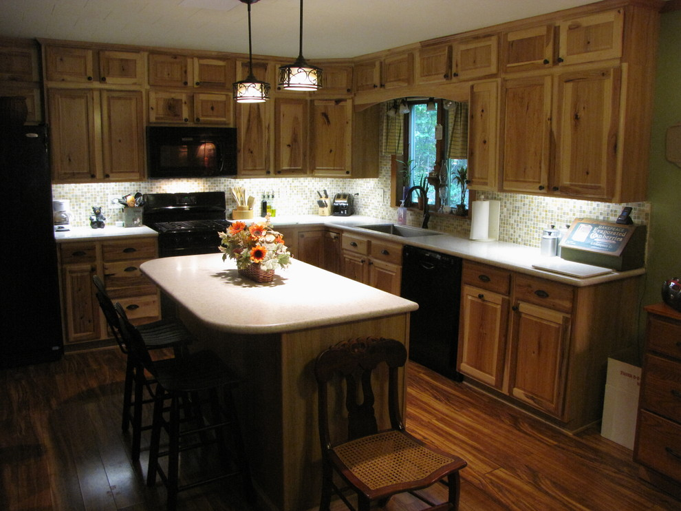Denver Hickory, Stock - Sweigart - Traditional - Kitchen ...