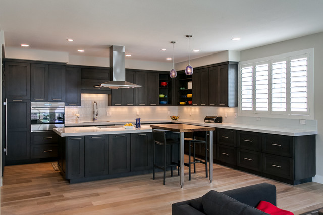 Denver Kitchen Remodel With Island Cooktop And Stainless