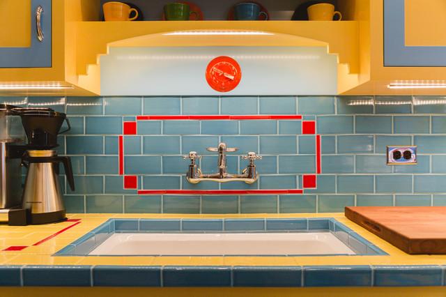 Depression Era Art Deco Style Inspires A Chicago Kitchen Midcentury By Rachel Loewen Photography Houzz