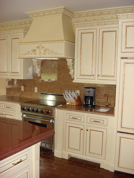Design by Todd Interiors traditional-kitchen