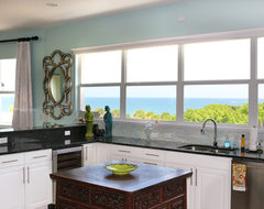 Vero Beach Florida - White Surf Oceanfront Home asian-kitchen