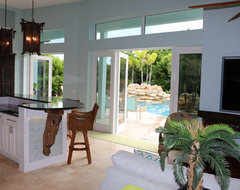 Vero Beach Florida - White Surf Beachside Home asian-kitchen