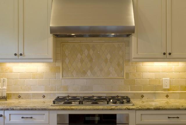 Design Savvy traditional-kitchen