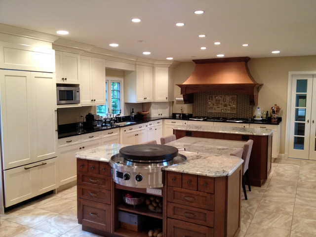 Designed by Auer Kitchens traditional-kitchen