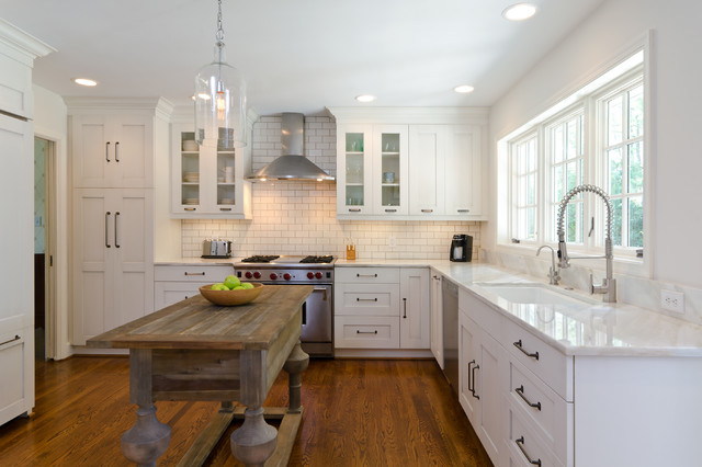 Inspiration For A Timeless Kitchen Remodel In Richmond With An Undermount  Sink, Shaker Cabinets,