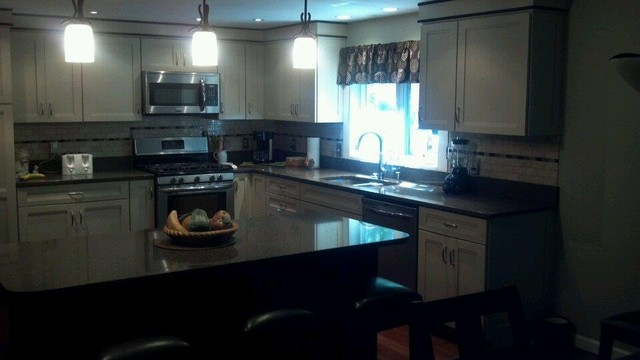 Dessel Job Traditional Kitchen Other Metro By Lowe