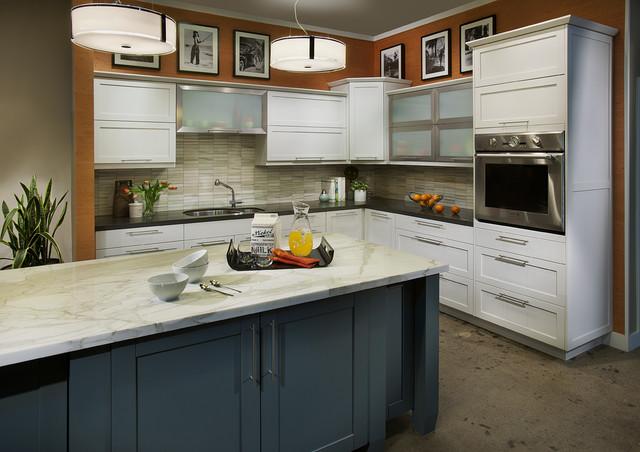 Dewils White Painted Craftsman Kitchen With Blue Island