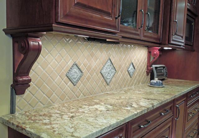 Diagonal Feature Tile Backsplash Traditional Kitchen
