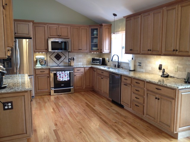 Diamond Amherst Kitchen - Traditional - Kitchen - other metro - by Lowes of Epping NH