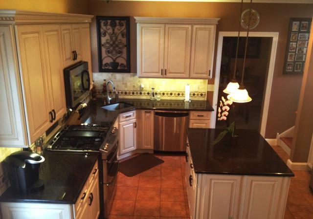 Diamond Cabinets - Henderson in Toasted Almond Kitchen