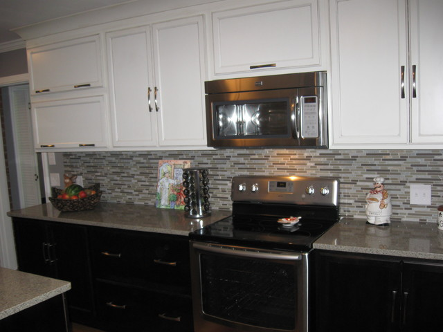 Diamond Reflections Amhearst Amaretto Creme and Chocolate traditional kitchen