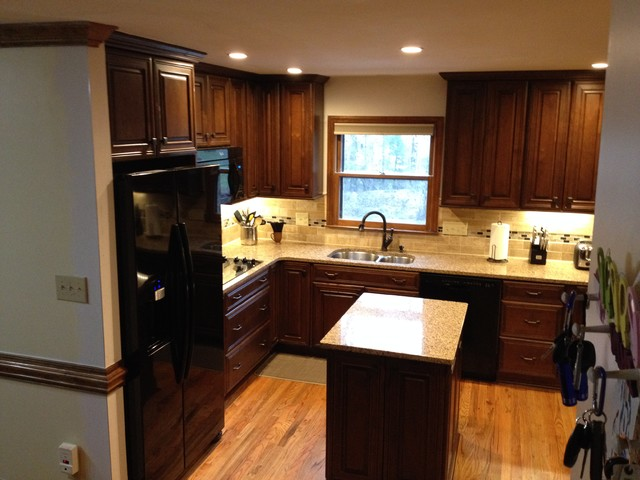 Diamond reflections caldwell alder havana traditional for Caldwell kitchen cabinets