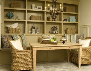 Dining Nook - Rustic - Kitchen - Tampa