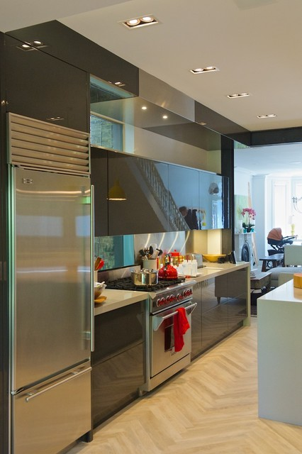 Disappearing Kitchen Hood Modern Kitchen Toronto By Yorkville Design Centre