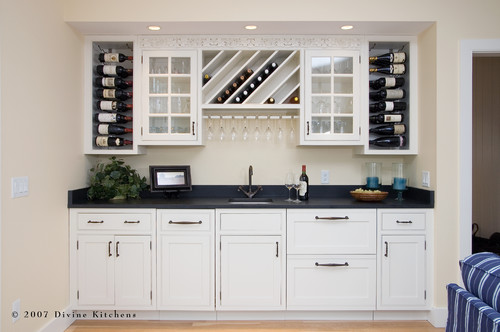 Divine Kitchens LLC traditional kitchen