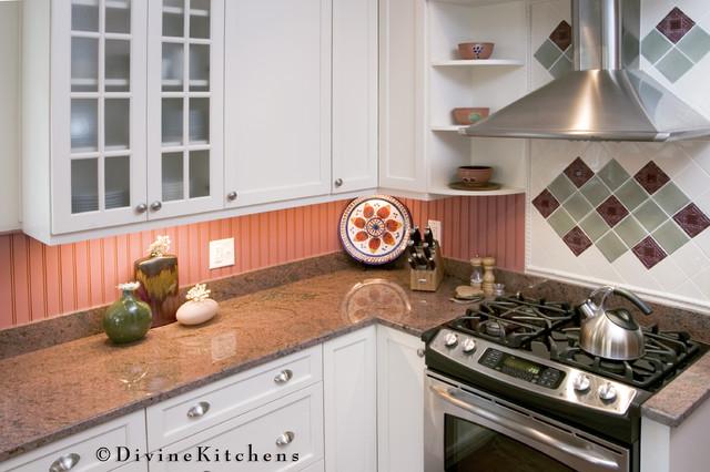 Divine Kitchens LLC traditional-kitchen