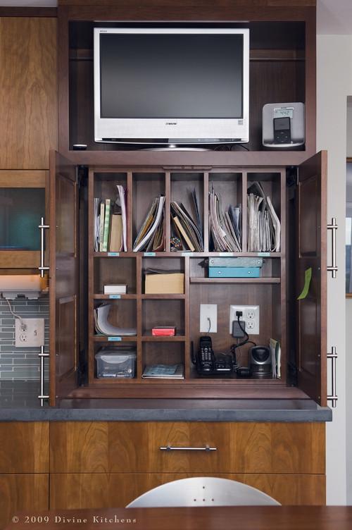 Designing Bar Desk Cabinets For Banquette Area