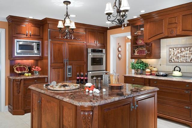 Dix Hills, NY traditional-kitchen