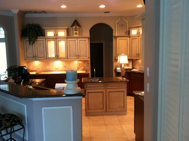 Dorgan Project traditional-kitchen