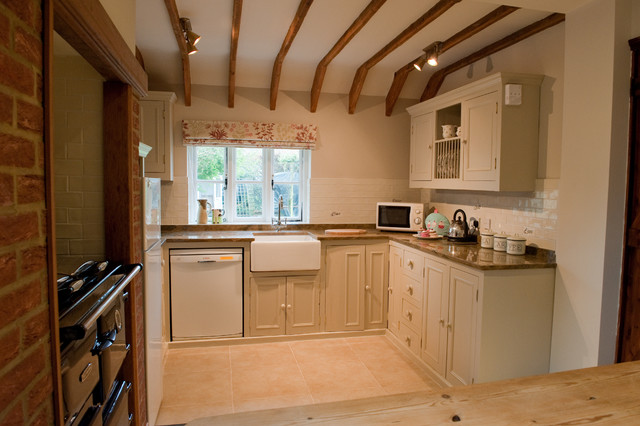 Dorset Holiday Cottage traditional-kitchen