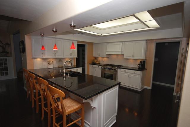 Dove White/ Black Galaxy traditional-kitchen