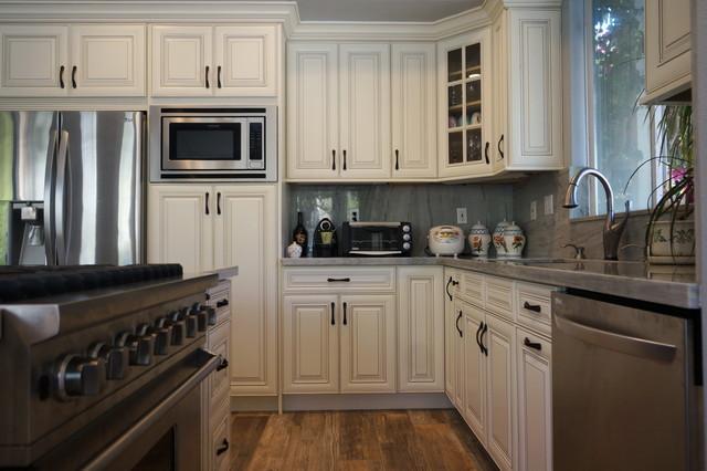 Dove White Glaze Kitchen - Huntington Beach, CA traditional-kitchen