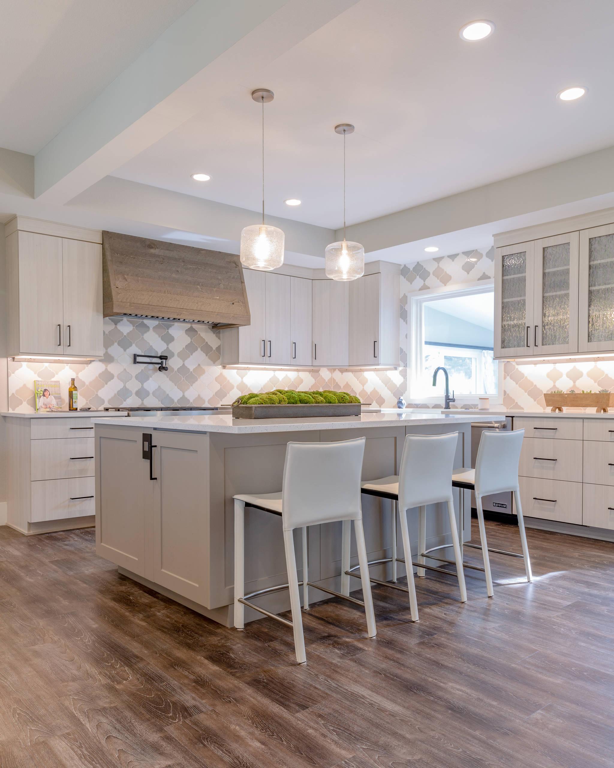 75 Laminate Floor Kitchen Ideas You Ll, Laminate Wood Flooring Kitchen