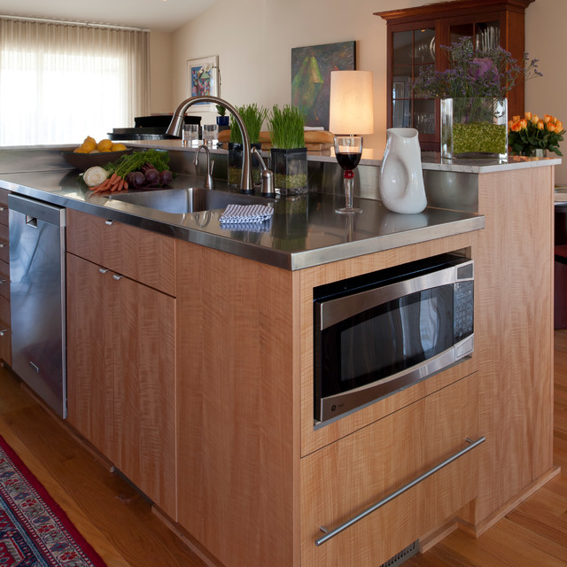 Downtown northville contemporary contemporary kitchen for Anigre kitchen cabinets