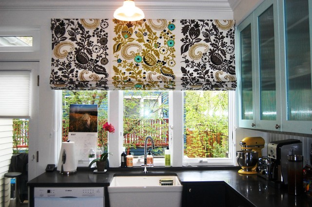 Drapes and soft treatments contemporary kitchen for Contemporary kitchen window treatment ideas