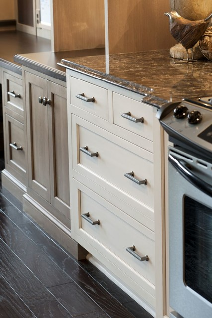 Drawer Base traditional-kitchen