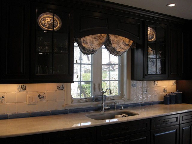 Dreaming of Delft - Traditional - Kitchen - New York - by Toni Sabatino
