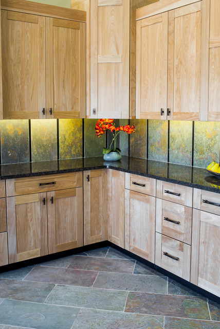 Dreamstyle remodeling showroom in albuquerque for Albuquerque kitchen cabinets