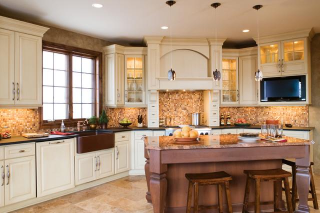 Dreamy Creamy Kitchen traditional-kitchen
